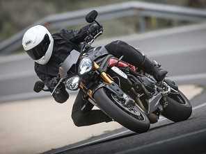 Triumph Speed Triple R chega ao Brasil por R$ 59,5 mil