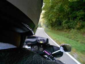 5 práticas que você deve evitar pilotando sua moto
