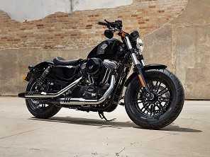 Harley anuncia promoção para gamas Softail e Sportster