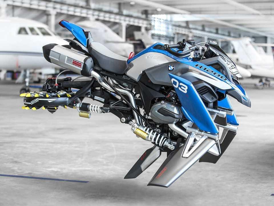BMW R 1200 GS voadora