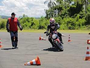 Ducati oferece treinamento para clientes