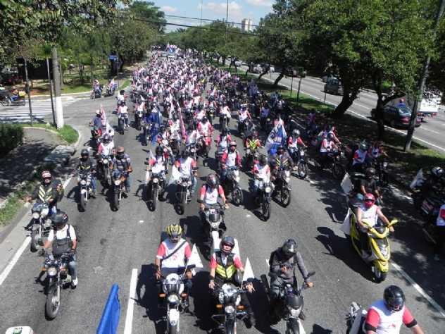 São Paulo retira obrigação de moto branca para motofrete