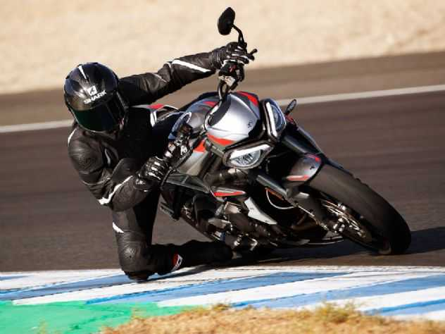Triumph passa a oferecer garantia estendida para suas motos