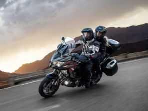 Nos EUA, Kawasaki Versys 1000 ganha suspensão semi-ativa