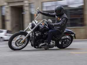 Harley-Davidson apresenta a Softail Standard