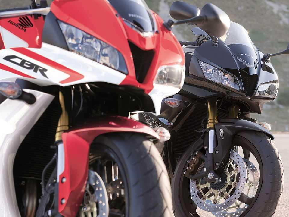 Detalhe da Honda CBR600RR que era comercializada na Europa