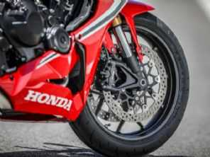 Honda pensa em nova esportiva com motor V4