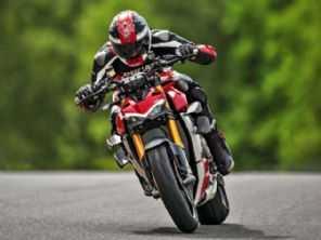 Ducati vende primeiro lote da Streetfighter V4 S no Brasil