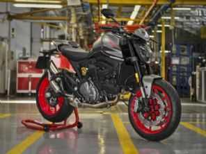 Nova Ducati Monster começa a ser fabricada
