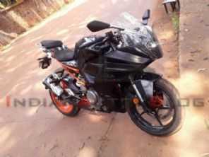 Nova KTM RC390 é flagrada na Índia