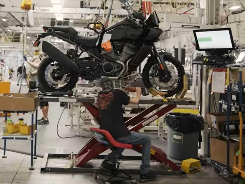 Produção da Harley-Davidson Pan America nos EUA
