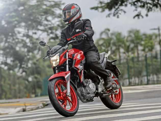 Honda Twister rouba 5º lugar da Fazer 250 na 1ª quinzena de maio