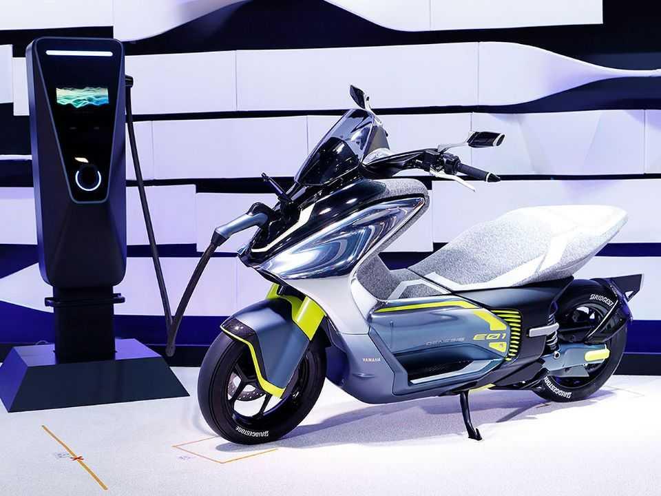 A Yamaha E01 ainda como conceito em 2019