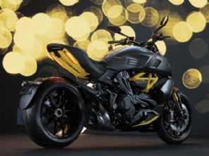 Ducati lança a versão 'Black and Steel' da Diavel 1260 S