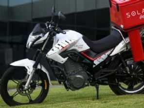 Moto elétrica da Shineray estreia em parceria com a Coca-Cola